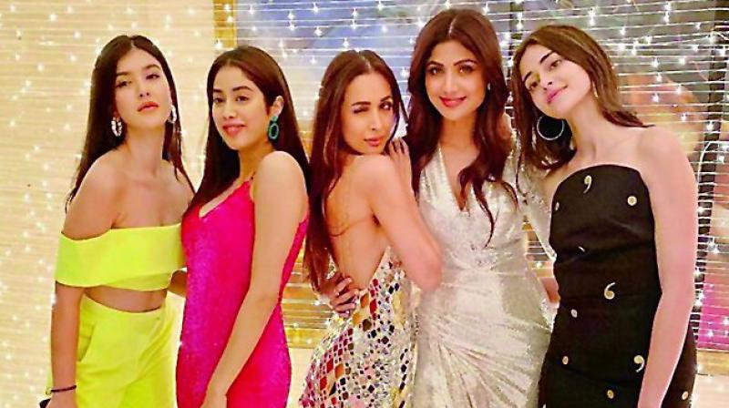 Malaika Arora and Shilpa Shetty were recently spotted hanging out with girls in their  twenties — Janhvi Kapoor, Ananya Pandey, and Tara Sutaria.