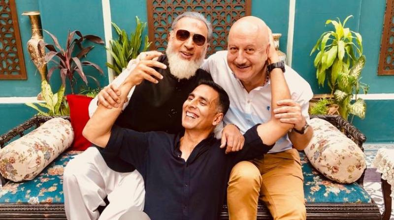 Akshay Kumar with Anupam Kher and Gulshan Grover. (Photo: Twitter)