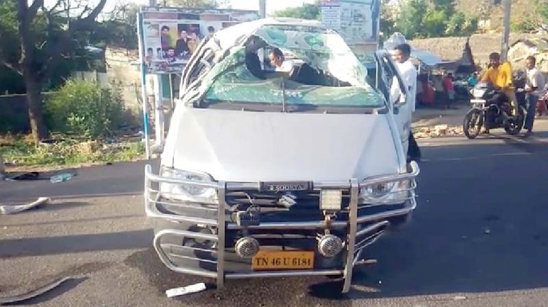 The accident led to the death of a 32-year-old labourer Arul of Acharapakkam. Two others, Lakshmi (26) and the man travelling in the car were injured in the accident. The incident took place at around 6. 45 am.