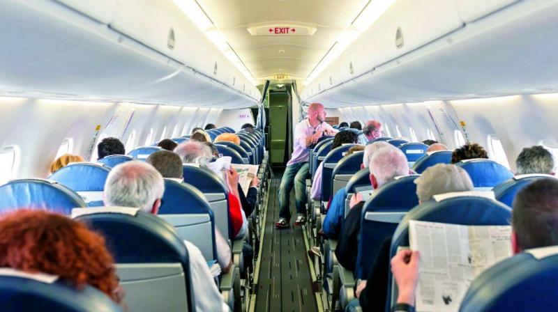 Powerbank dan 4 Barang Penting yang Dilarang Masuk Kabin Pesawat
