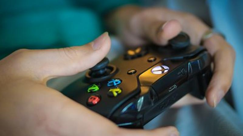 Video games, in combination with fitness coaching and a step tracker, helped overweight children lose weight. (Photo: Pixabay)