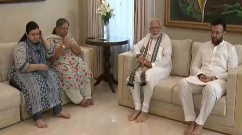 Prime Minister Narendra Modi on Tuesday visited the residence of late Arun Jaitley to pay tribute to the former Finance Minister and meet his family. (Photo: ANI)