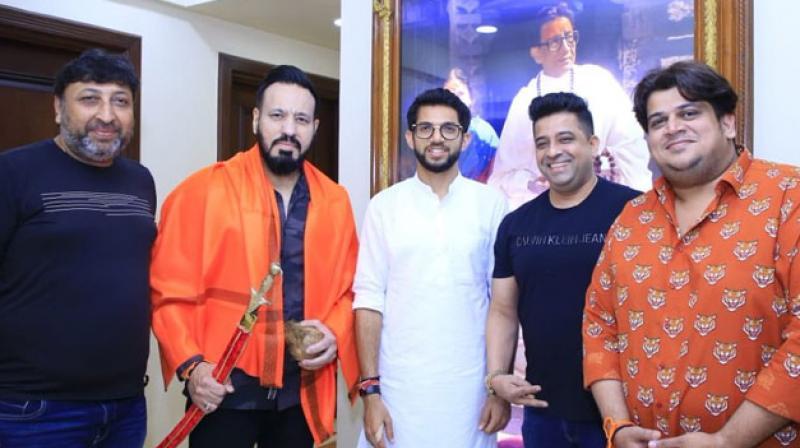 He joined Shiv Sena in presence of party chief Uddhav Thackeray and Yuva Sena President, Aaditya Thackeray at their residence Matoshree in Mumbai. (Photo: Twitter/ Shiv Sena)