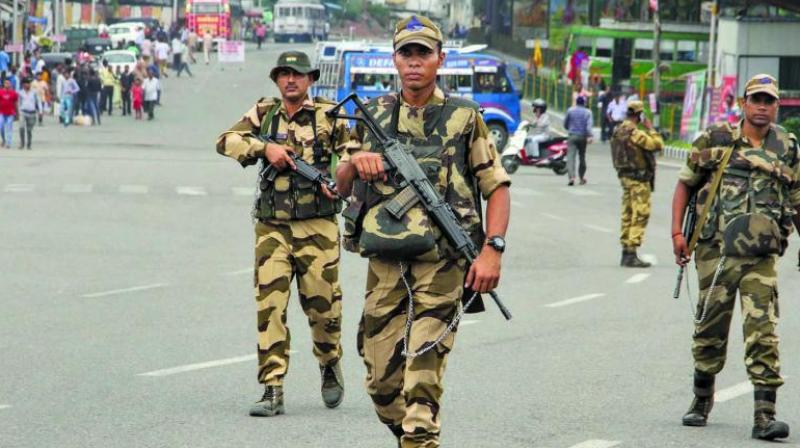 Security personnel patrol in Jammu on Tuesday ahead of the 73rd Independence Day. (Photo: PTI)