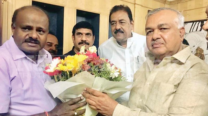 Senior Congress MLA, R Ramalinga Reddy with former CM H.D. Kumaraswamy in a file photo.
