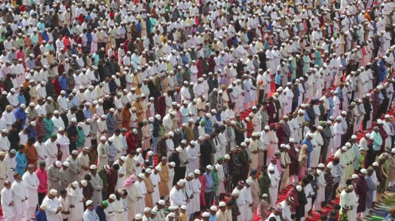 In a statement, the Home Ministry said large prayer congregations were seen at many places of Kashmir valley including Baramulla, where 10,000 people gathered, and in Bandipora, around where 5,000 people took part in the prayers. (Photo: AP)