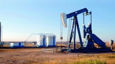Analysts said the gains were mainly driven by American Petroleum Institute (API) data showing a fall in US crude inventories.