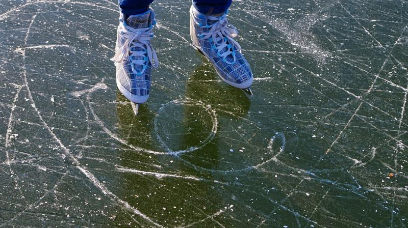 """The mystery of sliding on ice can therefore be found in the """"viscous"""" nature of this film of water"""