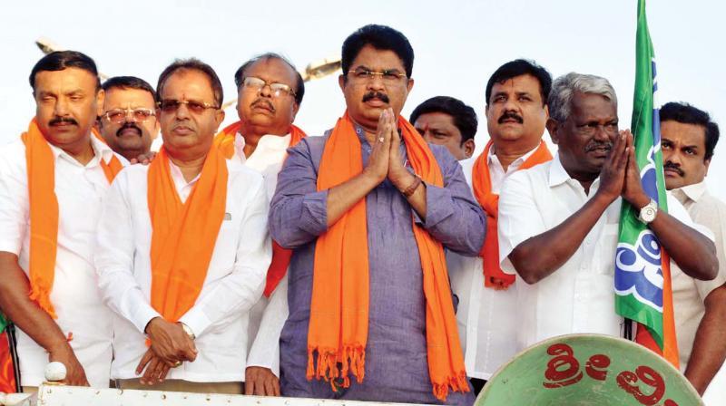 Senior BJP leader R. Ashok campaiging in Mandya earlier this week.