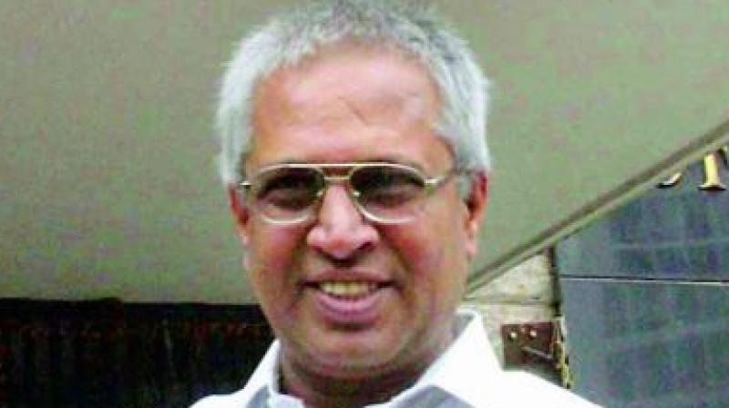 Former MP Vundavalli Aruna Kumar