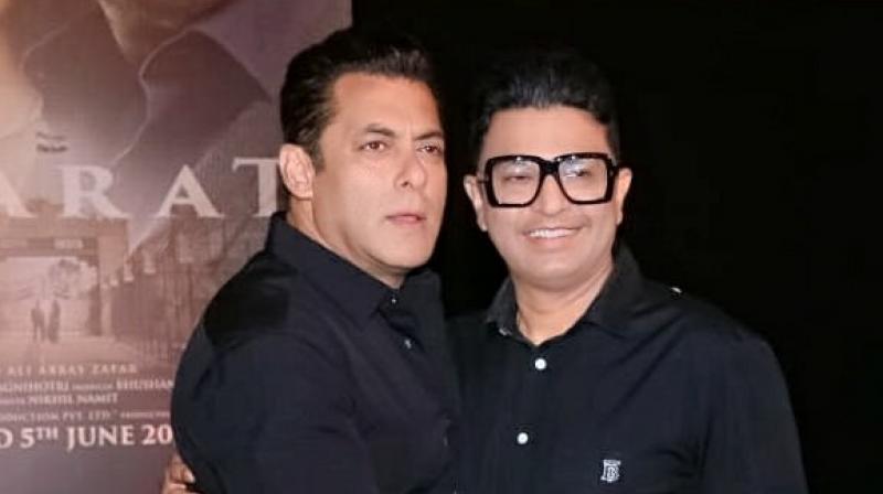 Salman Khan with Bhushan Kumar. (Photo: Twitter)