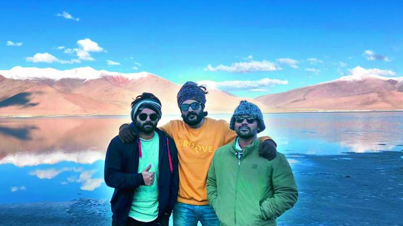 Director Ravikanth Perepu of Kshanam fame recently announced his next film, titled Krishna and his Leela, starring Siddhu and Seerat Kapoor. However, what grabbed everyone's attention was that the director, while announcing his film on Twitter, revealed that he had shot the film in Ladakh.
