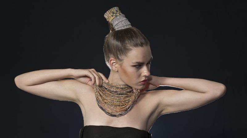 Expert reveals this wedding season's must-have jewellery trends. (Photo: Pixabay)