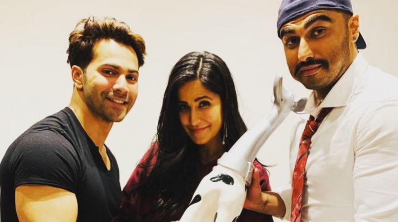 Arjun Kapoor and Varun Dhawan gift Katrina Kaif the dalmation trophy