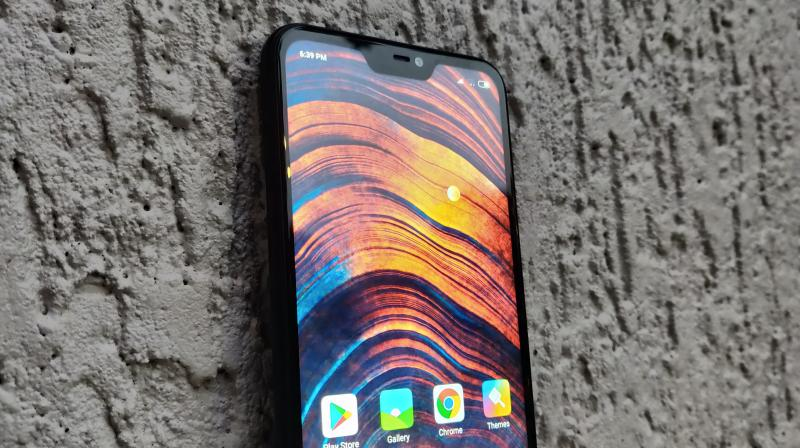 The Redmi 6 Pro offers a 19:9 1080p notched display, powerful enough hardware, decent cameras and relatively massive battery life on a budget price, making it a good all-rounder.