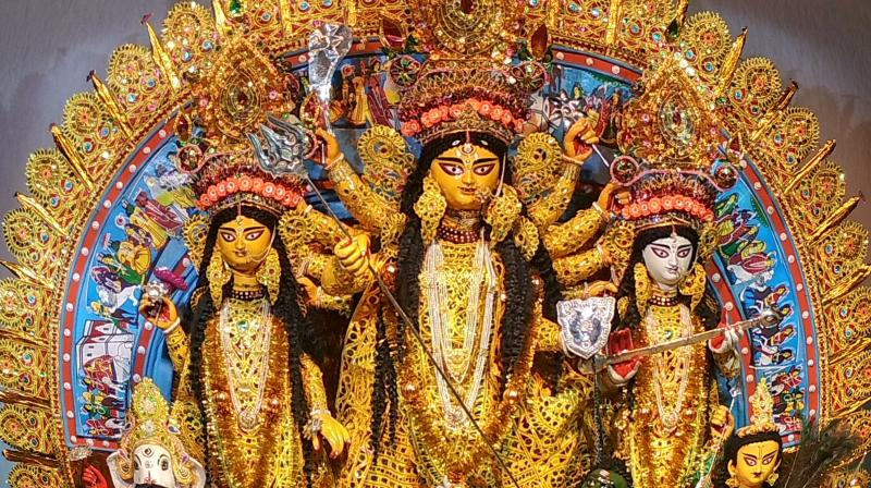 Pandal hoppers from Kolkata share their favourite shots as the city gets transformed into a gallery celebrating religion and art. (Subhrajit Biswas)