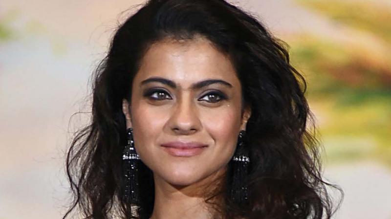 Karan Johar reveals Kajol had a huge crush on 'Khiladi' Akshay Kumar