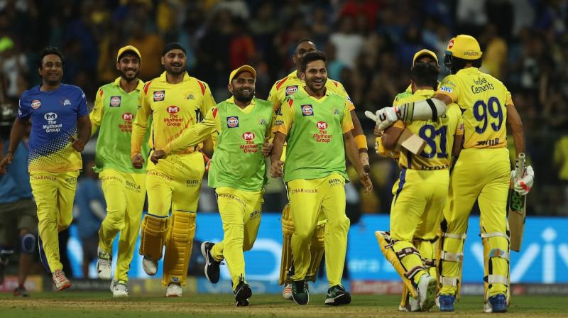 Despite wickets tumbling at the other end, Bravo had some other plans for the Yellow Brigade. (Photo: IPL)