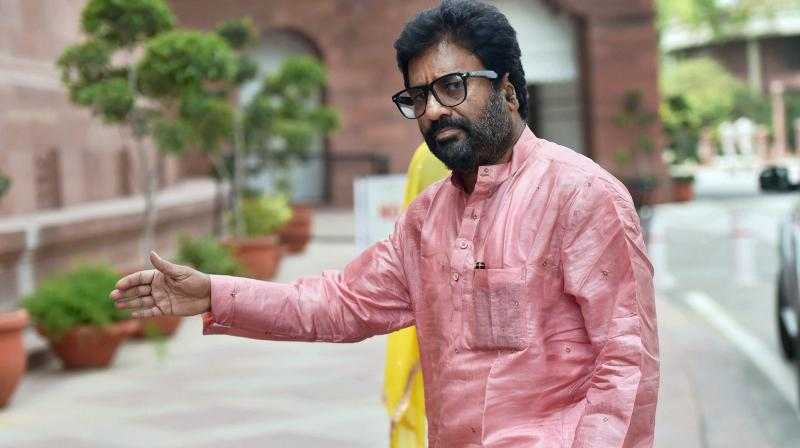 Shiv Sena MP Ravindra Gaikwad. (Photo: PTI)