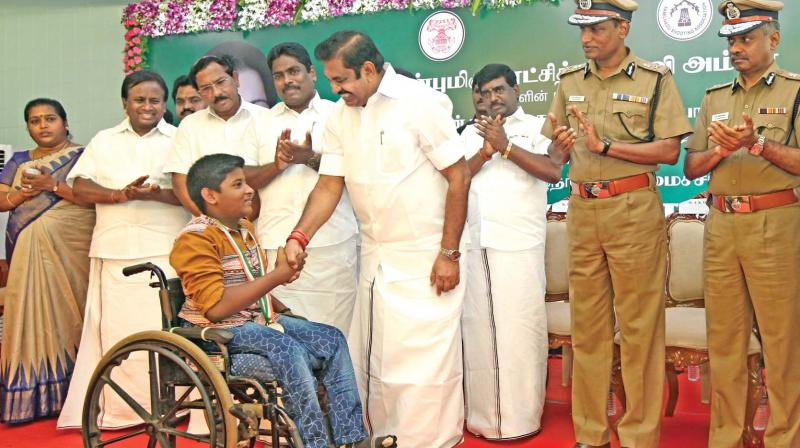 essay about role of chief minister jayalalitha in modern india In this faster and modern world,education is an unavoidable segment in olden days,education was only the study in hand books, but now ,it is more childrens are the asset of the nation-india various technologies such as radio,television etc gives out lot and lot of information about what's happening.