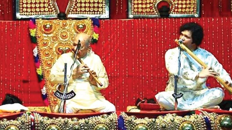 Hariprasad Chaurasia performs at Thureeyam '17.