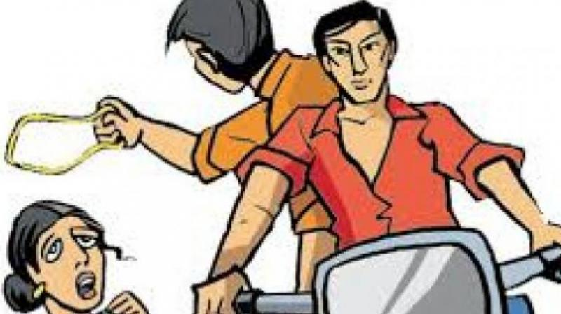 While returning home on foot, at around 9 am, an unidentified person on a scooter going in the opposite direction snatched her gold mangalasutra and drove away from the spot. (Representional Image)