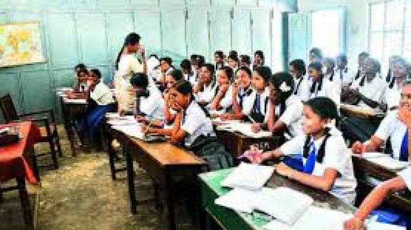 'Coloured-wrist bands to continue, no action would be taken': TN Education Minister