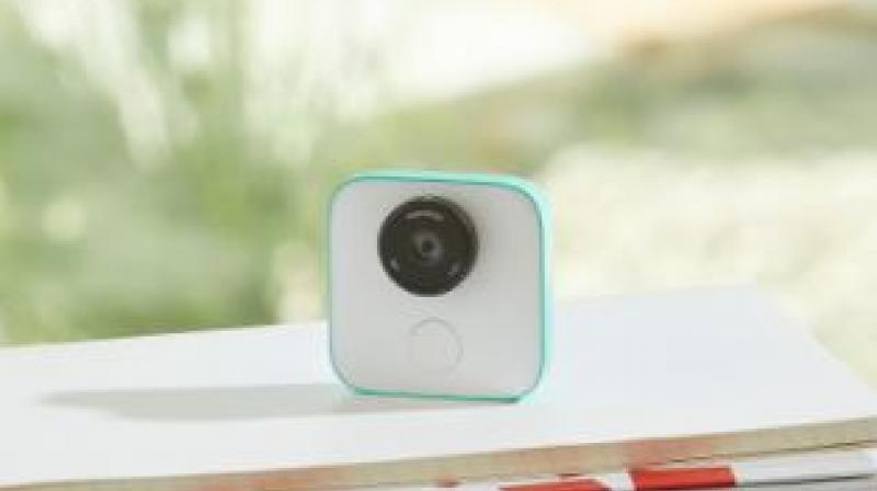 Google Clips, the $249 AI-powered clip-on camera goes on sale