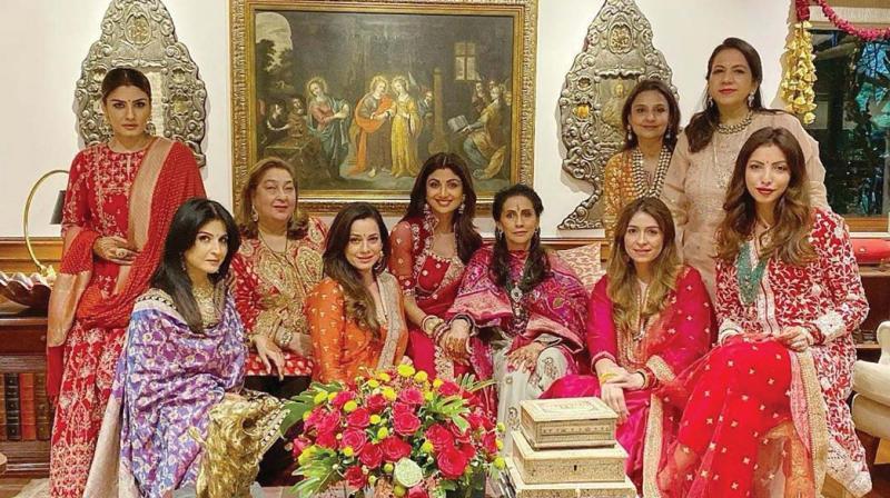 Raveena Tandon and Shilpa Shetty Kundra got together at the Kapoor house. Raveena's husband Anil Thadani and Shilpa's husband Raj Kundra joined the celebrations a bit later.