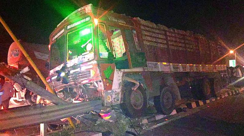 A labourer was trying to learn to drive the heavy vehicle. Working as a labourer at a construction site, he was taken into custody by police who booked a case against him. (Photo: DC)