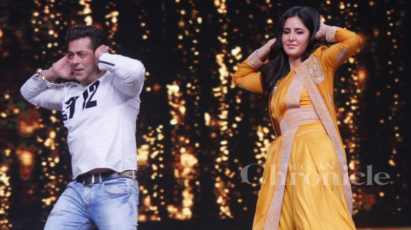 Salman Khan and Katrina Kaif shaking a leg during 'Tiger Zinda Hai' promotions.