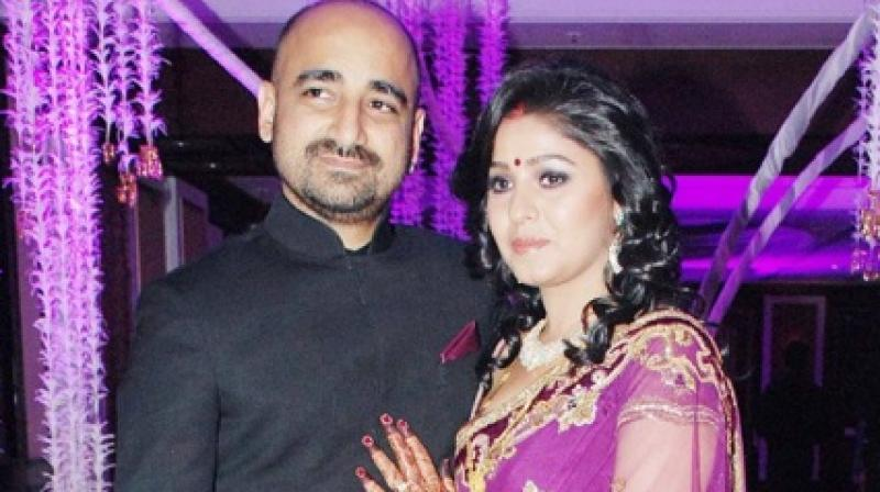 Sunidhi Chauhan and Hitesh Sonik got married in 2012.