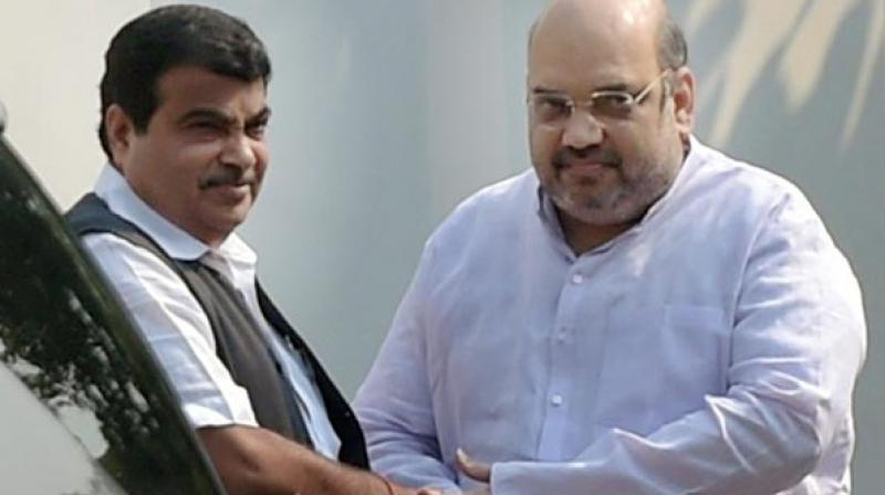 Sources said Gadkari held one-on-one discussions throughout the night with all MLAs supporting the government, but no consensus was reached among the warring factions. (Photo: PTI)