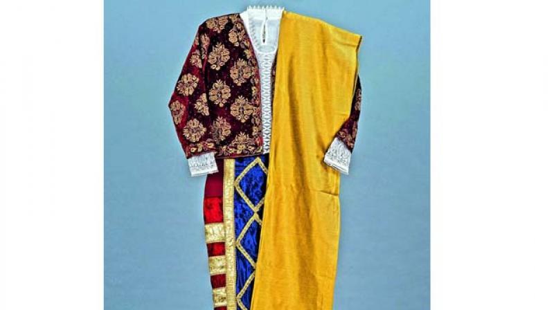 The Pano Bhaju garment — The one school goa.