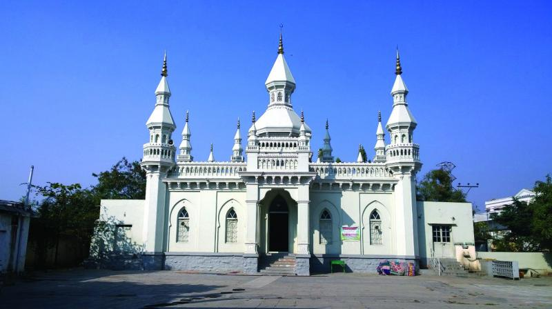 Century old Jama Masjid Aiwan-E-Begumpet is open to people from all this Independence Day