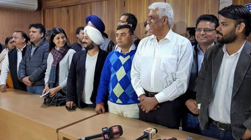 The petitions were filed by eight AAP MLAs challenging the Centre's notification, disqualifying 20 of them for holding office of profit. (Photo: PTI/File)