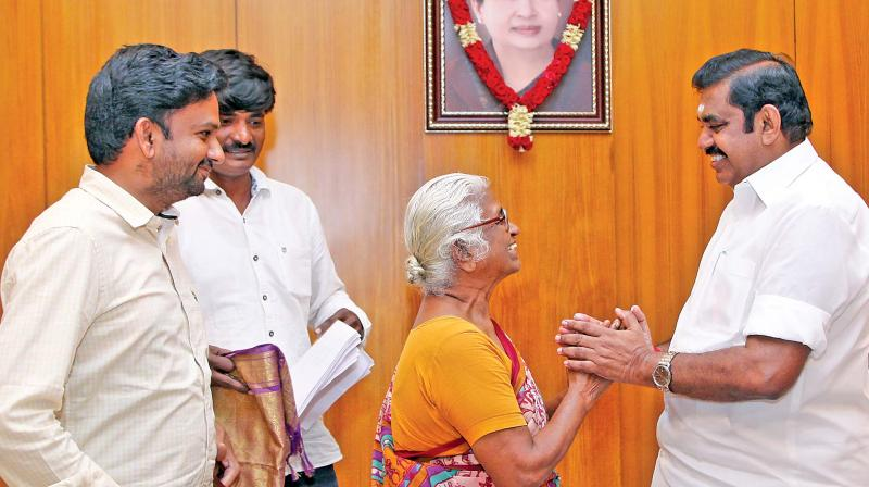 Perarivalan mother Arputhammal met CM  Palaniswami on Sept 1 to thanked him for one-month parole. (Photo: DC)