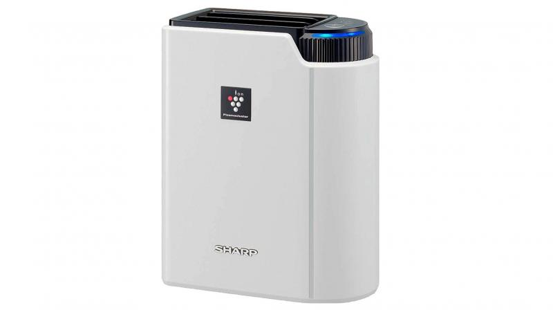 A good air purifier should not just remove the odour, but rather improve the overall quality of air also.