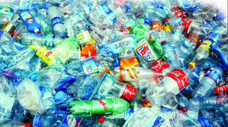 It has been observed that even with plastic ban in 25 states of India, 15,000 tonnes of plastic is still procured from cities daily.  (Photo: File)