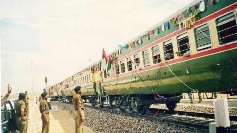 India on Friday suspended weekly Thar Link Express which connects Jodhpur in Rajasthan to Karachi in Pakistan, a railway official said. (Photo: File)