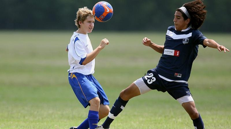 Soccer Heading Not Collisions >> Heading In Soccer May Lead To Concussion Symptoms