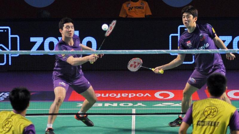 Lee Yong Dae and Kim Gi Jung gave Mumbai a dream start with a 15-14, 15-12 win over Hyderabad's Bodin Isara and Kim Sa-Rang. (Photo: PBL)