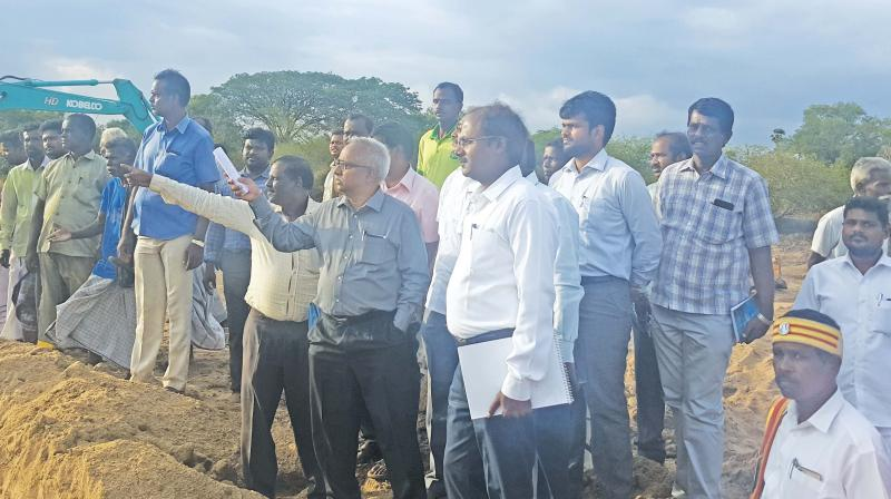 He told presspersons at Vennalodai village where de-silting work is going on Vennar near Thanjavur that we plan the works after getting the schedule of water release from PWD.