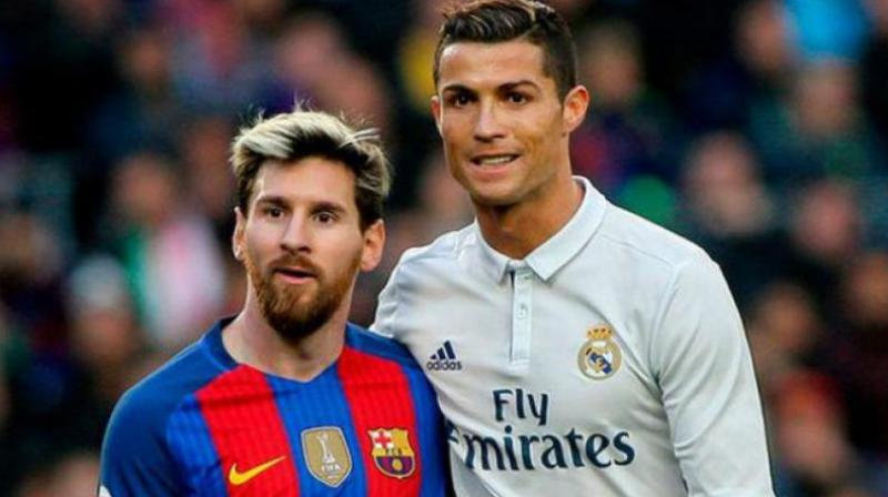 Messi and Ronaldo often faced each other in the league matches between Barcelona and Real Madrid (Photo: AFP)