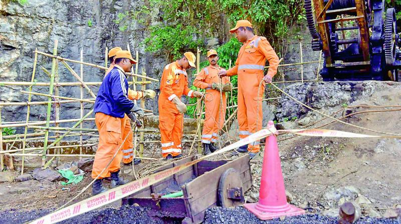 Meghalaya trapped miners: Navy divers enter main pit of flooded mine