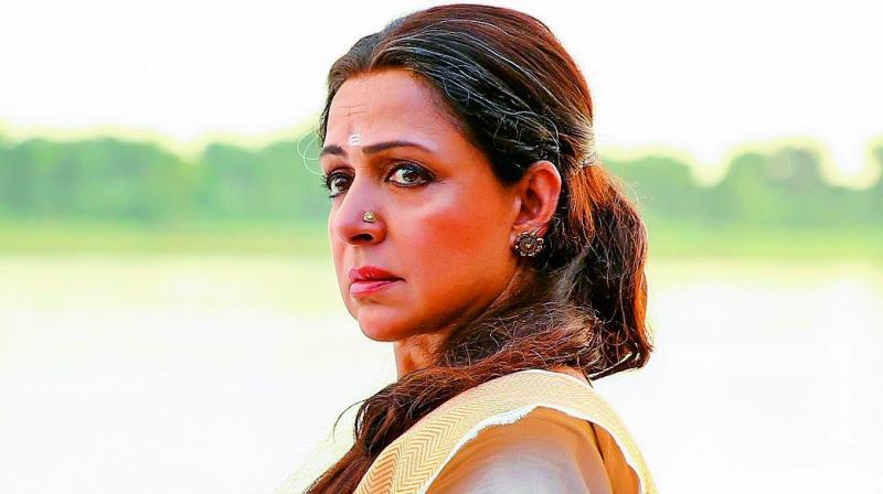 Hema Malini to star in Seeta aur Geeta sequel
