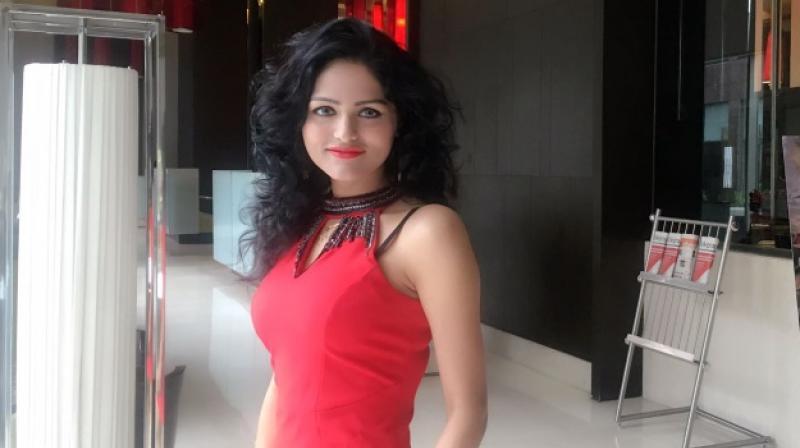 Manjeet, husband of the deceased, his girlfriend Angel Gupta alias Shashi Prabha and Rajeev, were arrested in connection with the murder of Sunita, the teacher, in northwest Delhi's Bawana area. (Photo: angelgupta.com)
