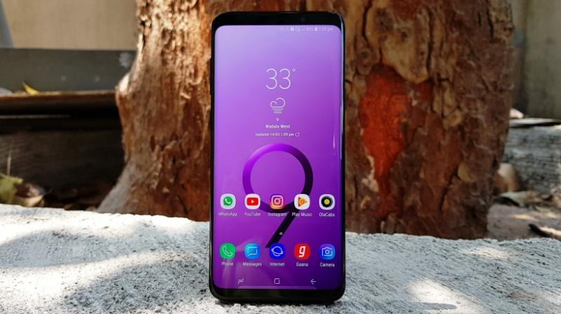 The S9+ is also a reply to Apple's 'top-notch' iPhone X, showing the Cupertino-based iPhone manufacturer how a flagship smartphone is manufactured without unwanted notches and an open-source operating system that defines the last word in customisation.