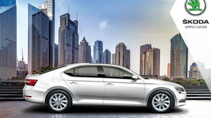 No diesel engine on offer on the Superb Corporate but an AT option may follow.
