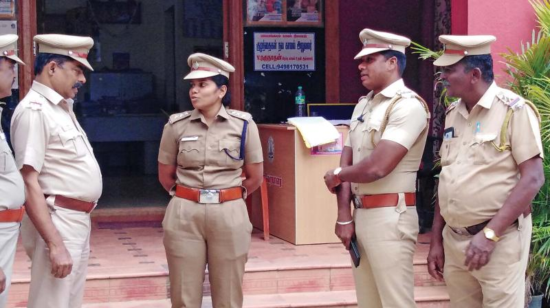 DSP Sangeetha having a word with her colleagues. (Photo: DC)